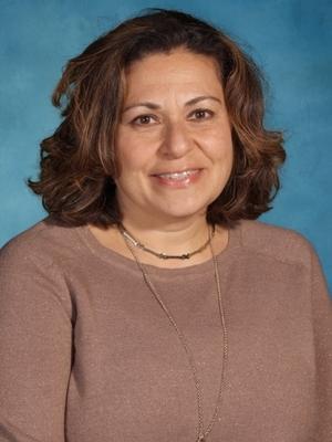 Mrs. Yvette Carr